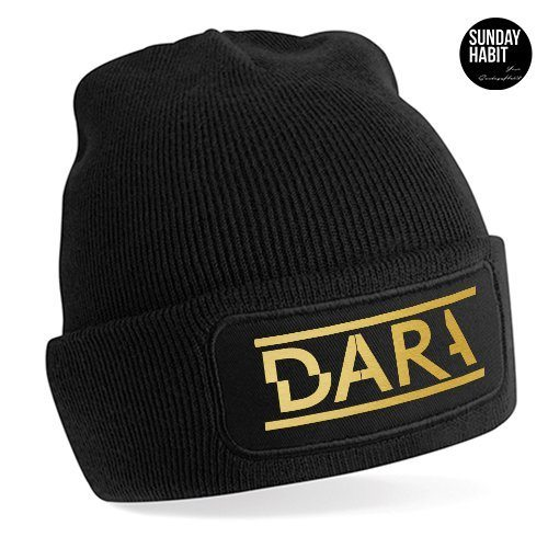 Dara gold зимна шапка
